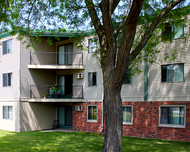 Listing lcx 309 1575 homer road winona mn apartment connextion rental guide wisconsin for 1 bedroom apartments winona mn