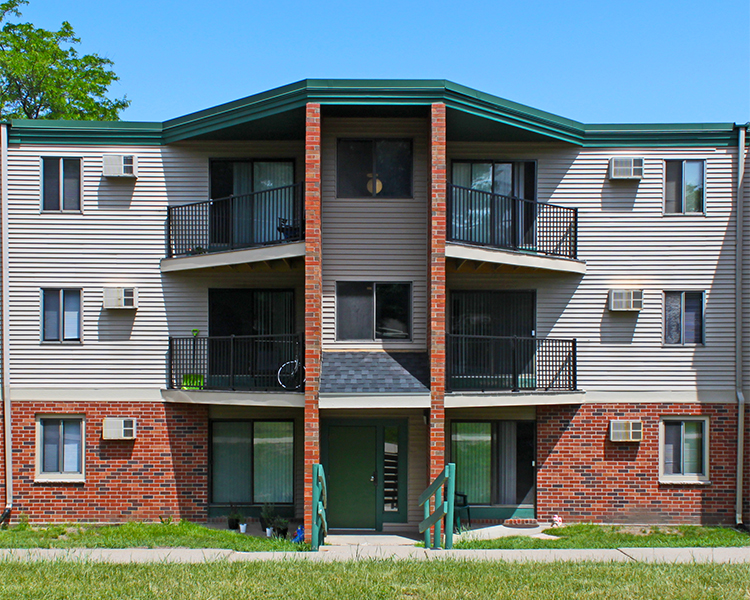 Listing lcx 1141 1575 homer road winona mn apartment connextion rental guide wisconsin for 1 bedroom apartments winona mn