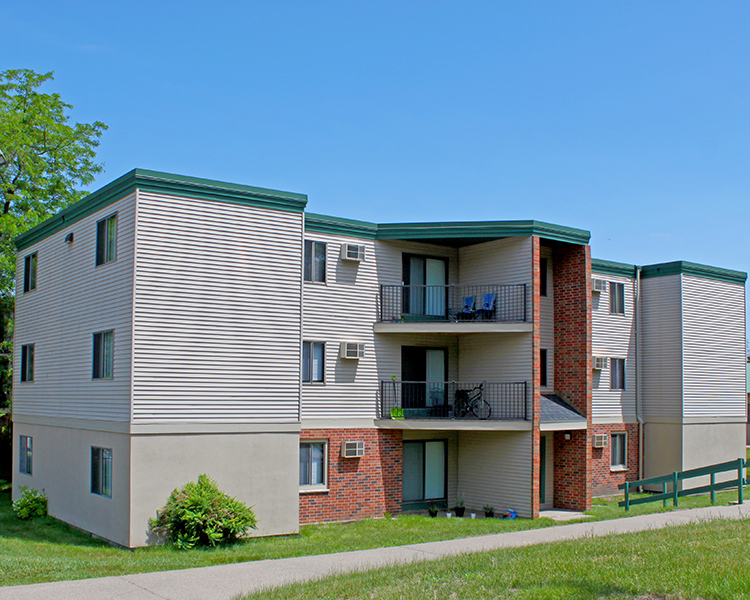 Listing lcx 306 1575 homer road winona mn apartment connextion rental guide wisconsin for 1 bedroom apartments winona mn